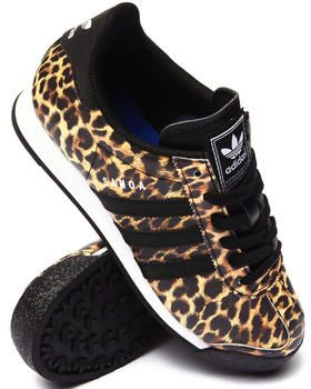 leopard sneakers classic samoa sneakers by adidas with a twist of the wild side. get powdzii